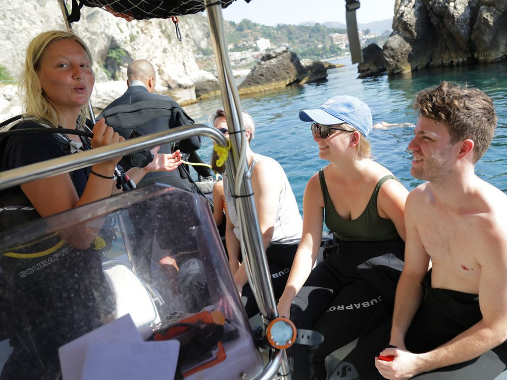 discover-scuba-diving-1---carousel