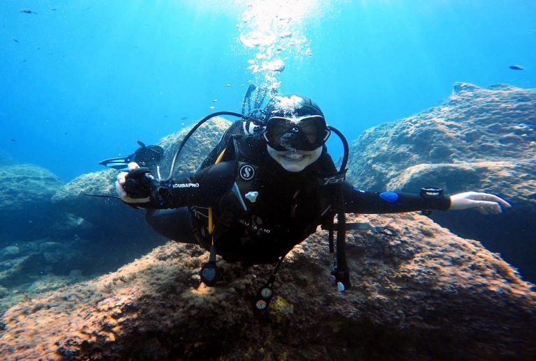 Kate completing her PADI Divemaster Course in Taormina, Sicily!